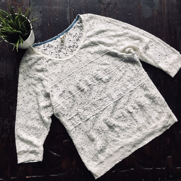 Anthropologie Tops - ANTHROPOLOGIE One September Crochet Lace Top LARGE